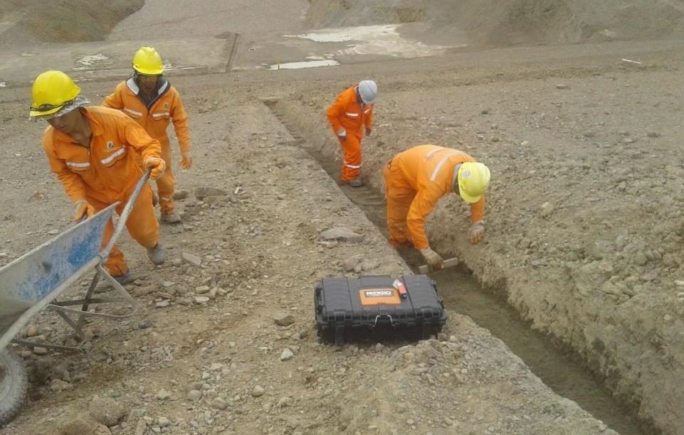 Ejemplo de Aplicación: Monitoreo de Taludes y Diques de Cola en Minera mediante Solución IOT (piezómetros de cuerda vibrante)
